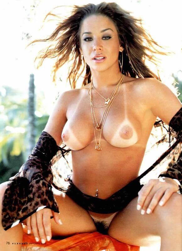 Danielle Winits nua na revista Playboy