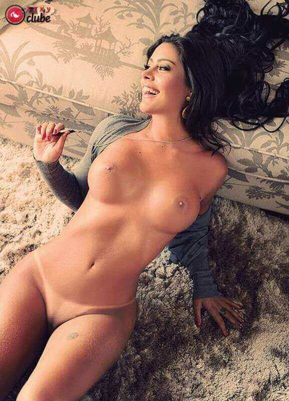 larissa riquelme nua na revista sexy