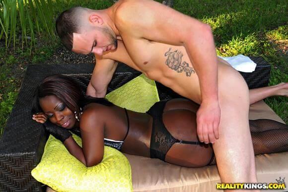 fotos porno negra gostosa dando a buceta