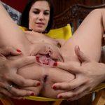 Fotos de mulher pelada arreganhando a buceta