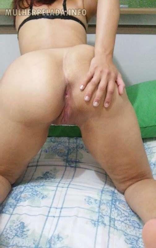 bunduda gostosa mostrando o cu