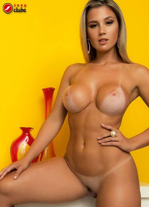 Vanessa Vailatti nua na Sexy